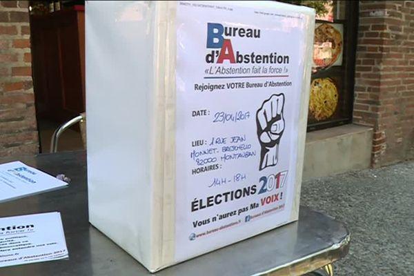 Une urne dans un bureau d'abstention