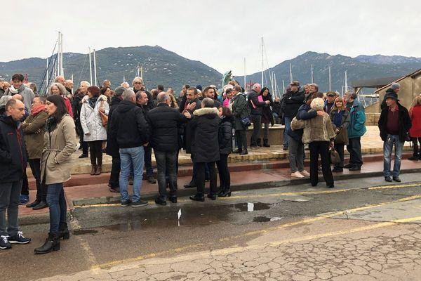 Environ 300 personnes se sont rassemblées à Propriano ce samedi 16 novembre.