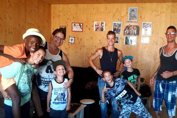 La famille Delaidde au grand complet à Fagnières dans la Marne / 2 août 2019