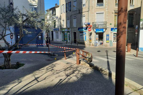 La scène du crime, à Ganges, dans l'Hérault : le 30 mars 2021 vers 13h, un homme de 23 ans, connu pour son implication dans la vente de stupéfiants, est mort en plein centre ville, après avoir reçu plusieurs coups de couteau.