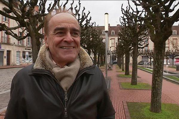 Jean-Pierre Bouquet, maire de Vitry-le-François, espère que l'Etat va répondre favorablement à la demande des petites villes.