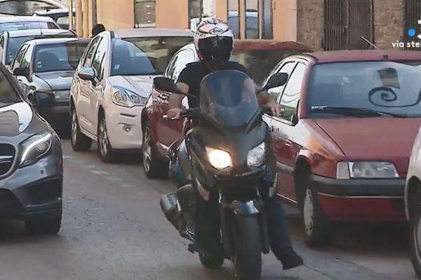Un des nombreux deux-roue dans les rues d'Ajaccio.