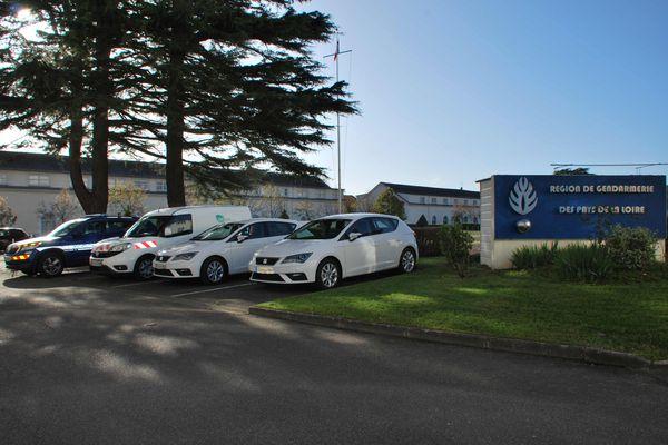 Le groupement de gendarmerie de Loire-Atlantique expérimente des véhicules roulant au gaz.