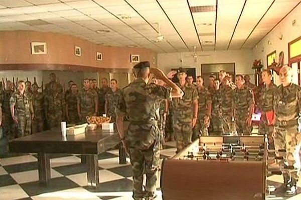 Garons (Gard) - une centaine de militaire rentrent du Mali où ils ont participé à l'opération Serval - 10 juin 2014.