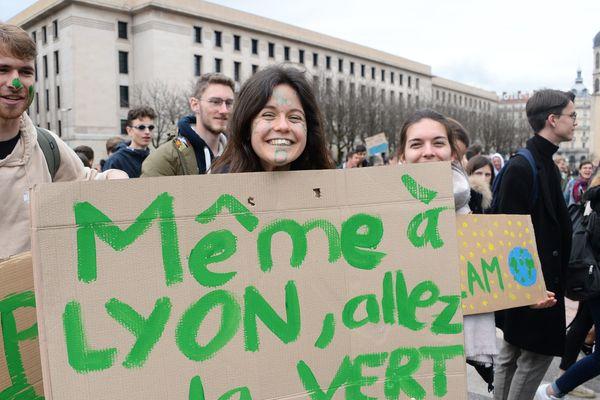 La mobilisation des jeunes pour le climat en mars 2019 à Lyon