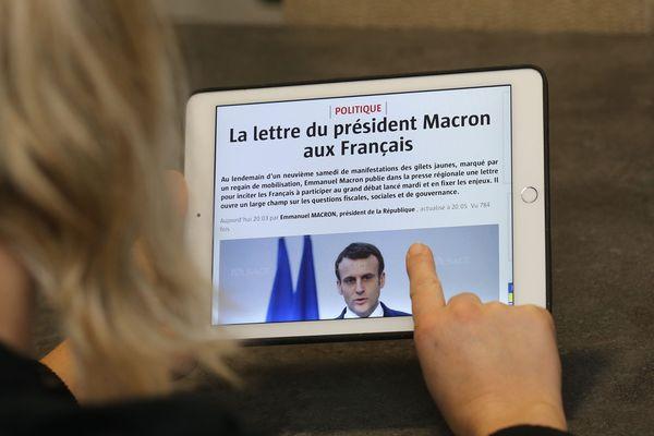 """Emmanuel Macron """"rendra compte directement"""" du grand débat dans le mois suivant sa fin."""