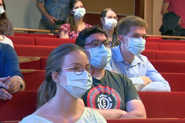 Les jeunes praticiens étaient en première ligne, avec l'ensemble des médecins, pendant la crise sanitaire.