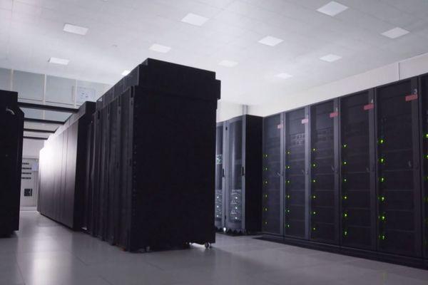 Jean Zay, le super calculateur de Saclay, est l'un des plus puissants d'Europe.