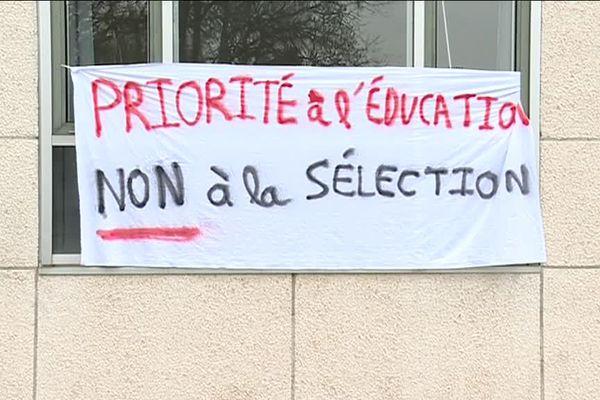 Une action est mise en route contre la loi sur le nouveau mode d'admission à la fac.