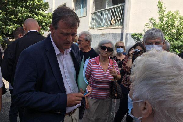 Perpignan - en visite dans le quartier du Bas-Vernet, Louis Aliot annonce la création d'un conseil municipal de sécurité - 6 juillet 2020.