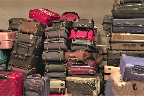 En Vendée, les valises sont réparées ou recyclées