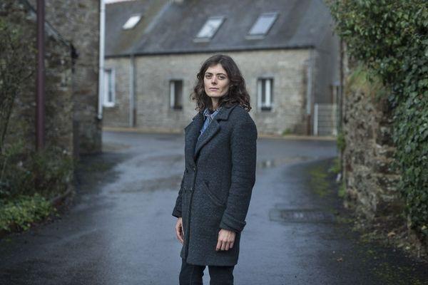 """Inès Léraud a enquêté pendant trois ans """"en immersion"""" en Bretagne."""