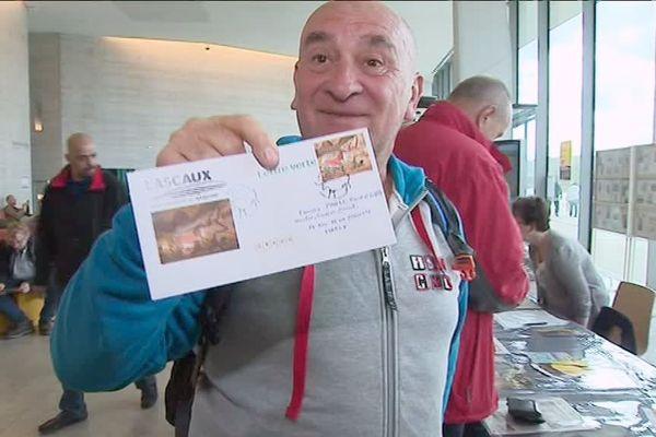 Le nouveau timbre de Lascaux a séduit même les touristes de passage