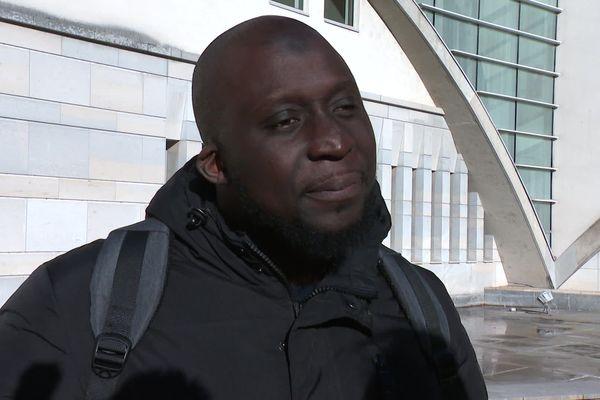 Le cousin de Mamadou-Lamine Diedhioun attend que la justice soit rendue et que chacun des prévenus reconnaisse ses responsabilités.