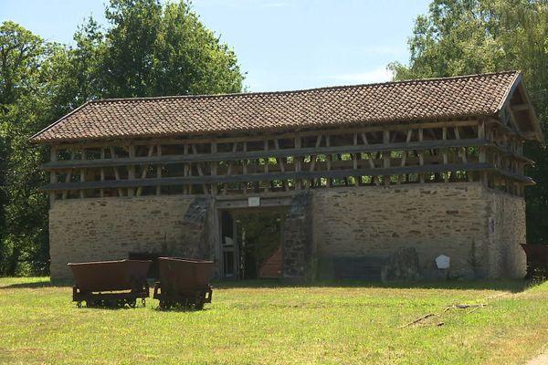 Les bâtiments de la carrière de kaolin de Marcognac en Haute-Vienne peuvent être visités