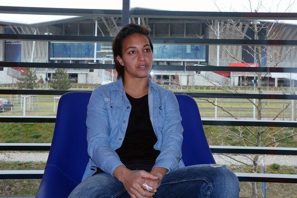 """18 avril 2020, Sarah Bouhaddi annonce """"prendre son envol"""" et quitter l'OL. La gardienne lyonnaise avait rejoint le club de Jean-Michel Aulas en 2009."""