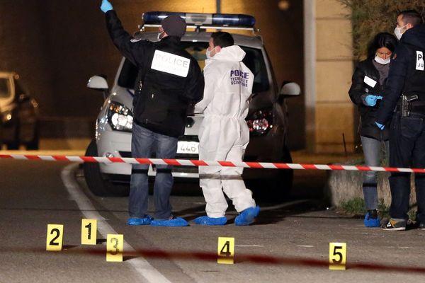 Règlement de comptes : deux hommes ont été tués de plusieurs balles de fusil mitrailleur dans le 13e arrdt de Marseille le 31 décembre 2013