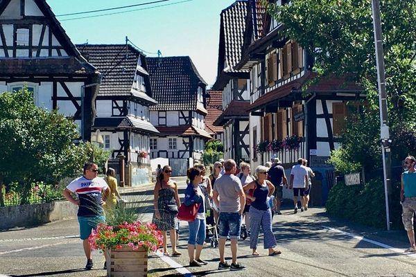 Les premiers visiteurs sont arrivés dans le village dès le lendemain de l'émission