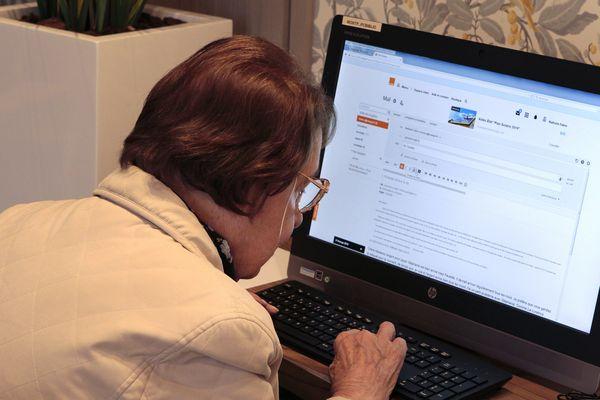 20% des Français ne savent pas créer un compte email ou faire une démarche en ligne (photo d'illustration).