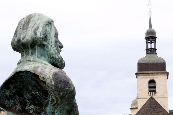 Le peintre Courbet est né à Ornans et a vécu quelques années à Besançon.