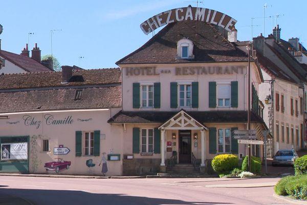 Chez Camille est situé au cœur de la ville d'Arnay-le-Duc.