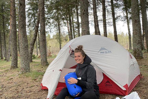 Sur TikTok, Sarah Pignaud transmet sa passion pour la rando en Auvergne à ses nombreux abonnés.