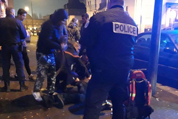 Un jeune migrant grièvement blessé par des coups de couteau, samedi 29 décembre, près de la gare de Caen