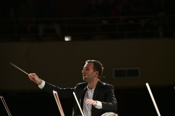 Le chef d'orchestre Victor Jacob lors de l'édition 2019 du festival international de musique de Besançon.