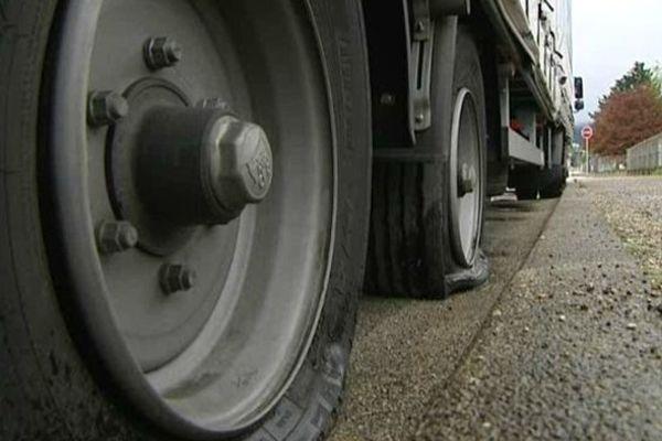 Plusieurs poids lourds vandalisés en Franche-Comté : tous viennent des pays de l'Est