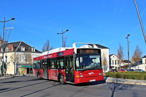 Image d'illustration. Un bus du réseau AggloBus de Bourges.