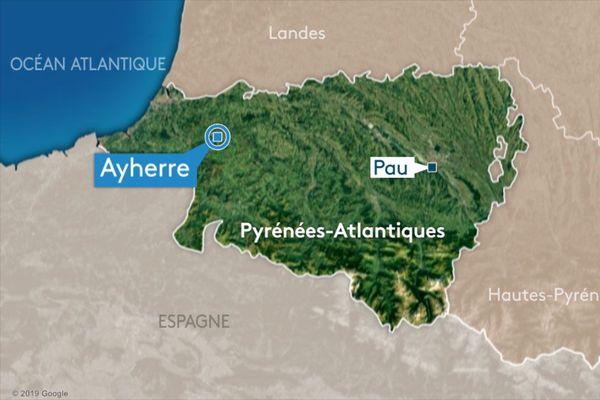 Un accident de la circulation a coûté la vie à deux jeunes motards, ce samedi 28 novembre à Ayherre, dans le Pays basque.