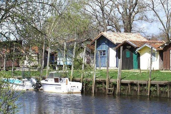 Un paradis entre le ciel et l'eau, le port de Biganos - Bassin d'Arcachon en Gironde -