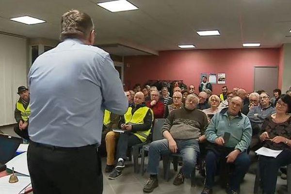 Le maire de Bertry a réussi à réunir 90 personnes de sa commune au premier grand débat