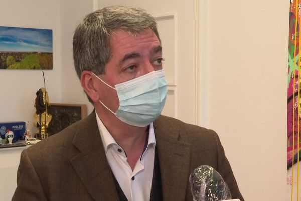 Jean Rottner s'exprime sur France 3 Alsace, ce lundi 26 octobre, à propos de la  situation sanitaire qu'il juge très préoccupante.