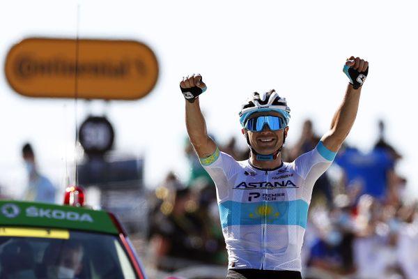 Tour de France dans le Gard : Alexey Lutsenko vainqueur au sommet du Mont-Aigoual lors de la 6e étape - 3 septembre 2020.