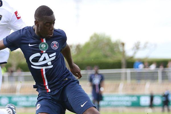 Fodé Ballo-Touré sous le maillot du PSG. Bientôt au LOSC ?