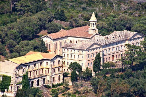 A Brando, l'ancien couvent des Bénédictines pourrait être reconverti en hôtel de luxe.