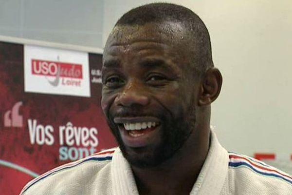 Percy Kunsa, champion du monde de Ju-Jitsu était au centre de détention d'Orléans-Saran le 11 juin après-midi.