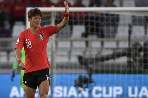 Ui-Jo Hwang, l'attaquant sud-coréen devrait signer aux Girondins.