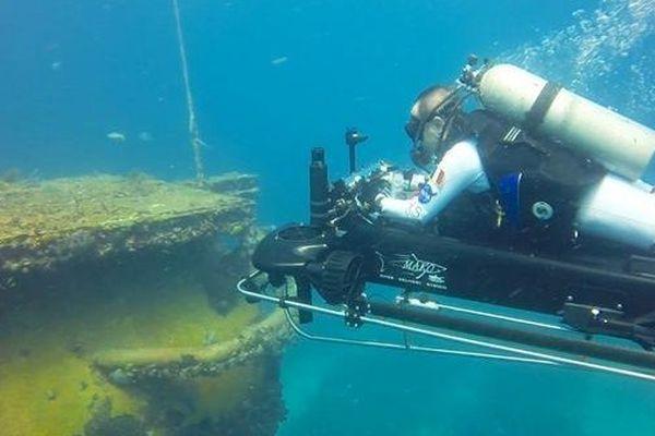 Les exercices sous-marins menés par Hervé Stévenin avec l'Agence Spatiale Européenne en Floride.
