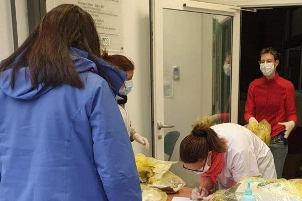 Les infirmiers libéraux du bassin 'Alès ont récolté  et distribué du matériel de protection pour les soignants