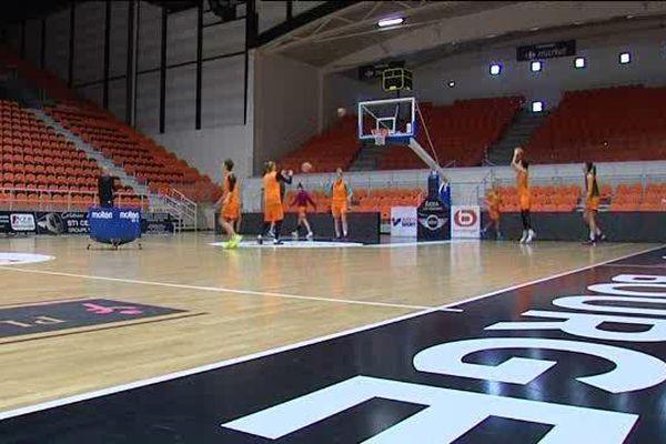 L'équipe du Bourges basket à l'entraînement - Bourges - avril 2016