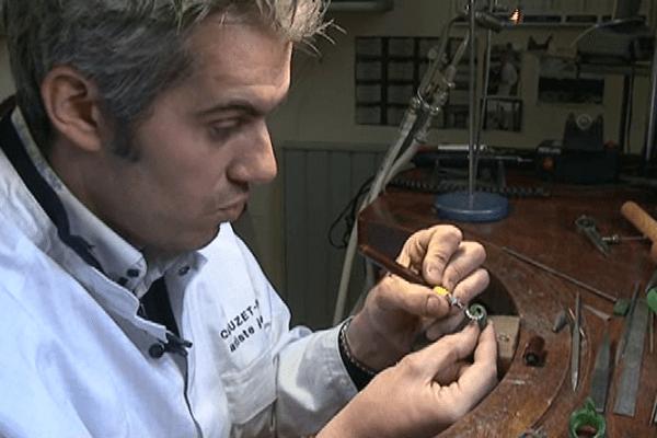 Le Perpignanais est l'un des meilleurs artisans  joaillier de sa génération - avril 2014.