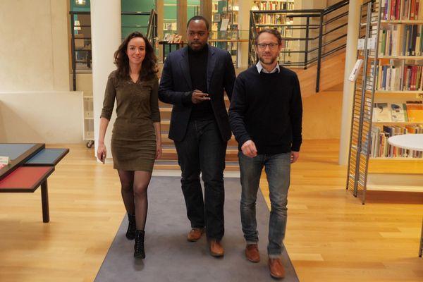 Adélie, Anthony et Clément sont étudiants à l'ENA. Chacun d'eux y a accédé par un concours d'entrée différent.