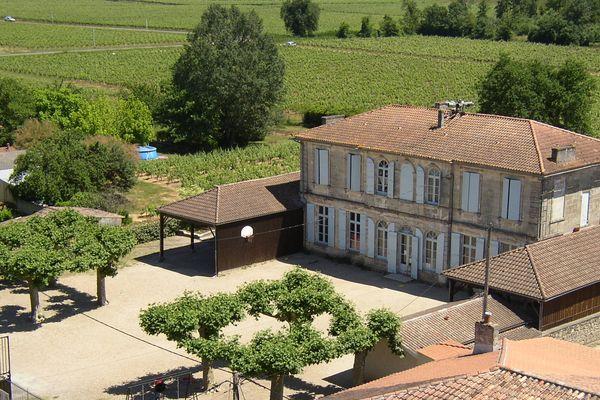 L'école de l'Isle-Saint-Georges