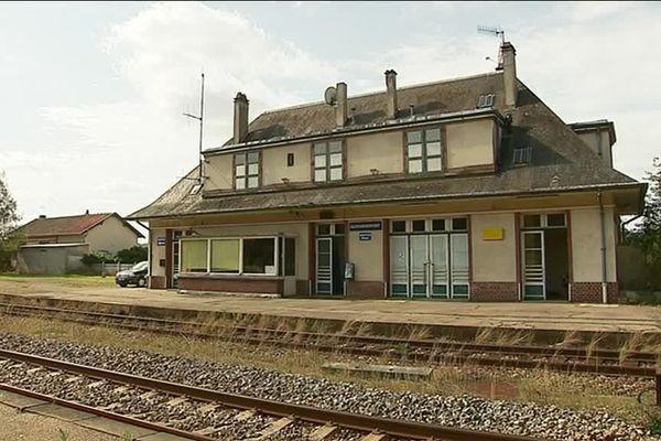 La gare de Glos-Monfort (Eure)
