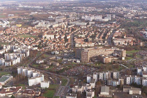 """Le quartier de Hautepierre a été construit dans les années 70 sur le principe de """"mailles"""" qui devaient préserver une certaine qualité de vie"""