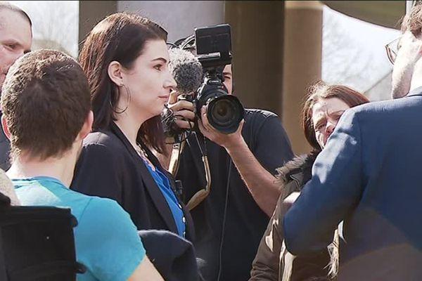 Vanessa Keryhuel a été relaxée lundi 4 mars par le tribunal correctionnel de Rennes. Elle était accusée d'avoir secoué son bébé.