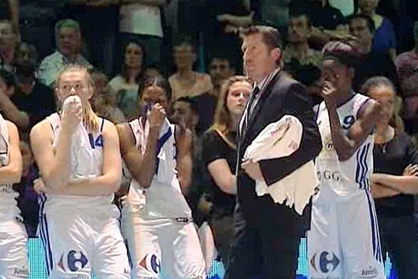 Lattes (Hérault) - le trophée de championnes de France échappe aux filles du BLMA, très déçues - 27 avril 2013.
