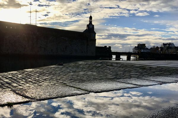 Miroir, mon beau miroir... sur le port de Concarneau, janvier 2019